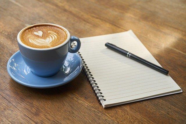 kafe, pero a zápisník