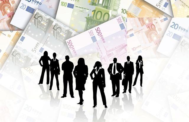 společnost s půjčkami